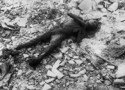 Ruinele bombardamentelor de la Hiroshima si Nagasaki5