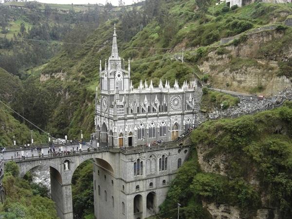 biserici-spectaculoase
