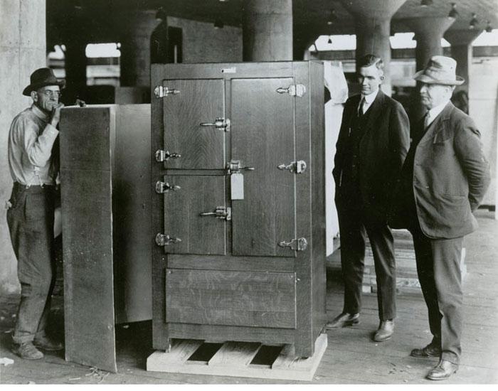 primul frigider construit